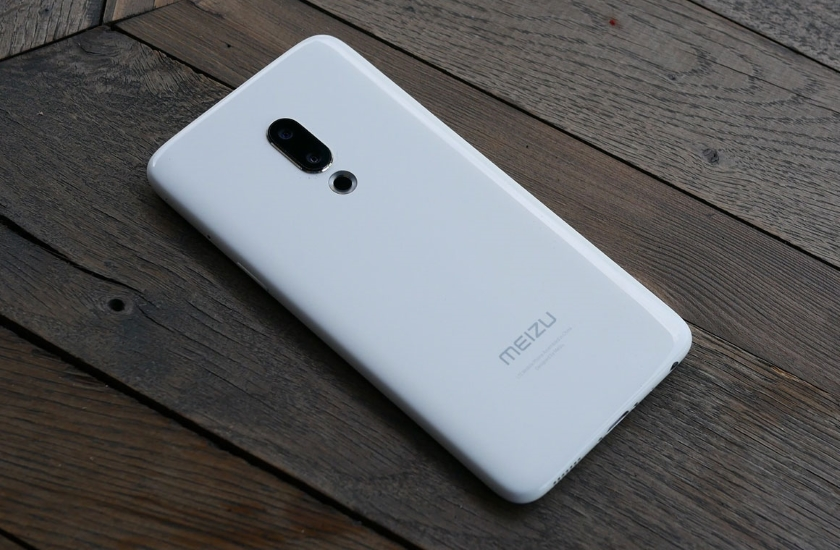 Новейший смартфон Meizu 16прощается с разъемом для аудио 3.5 мм